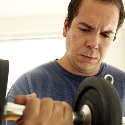 نداشتن تمرینات ورزشی منظم