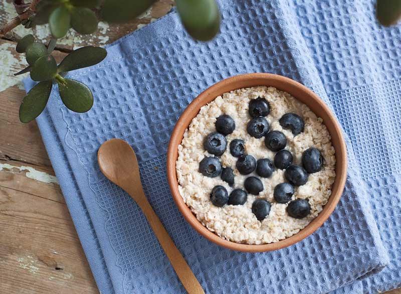 رژیم لاغری کربوهیدرات,oatmeal-best-toppings-for-health جوی دوسر