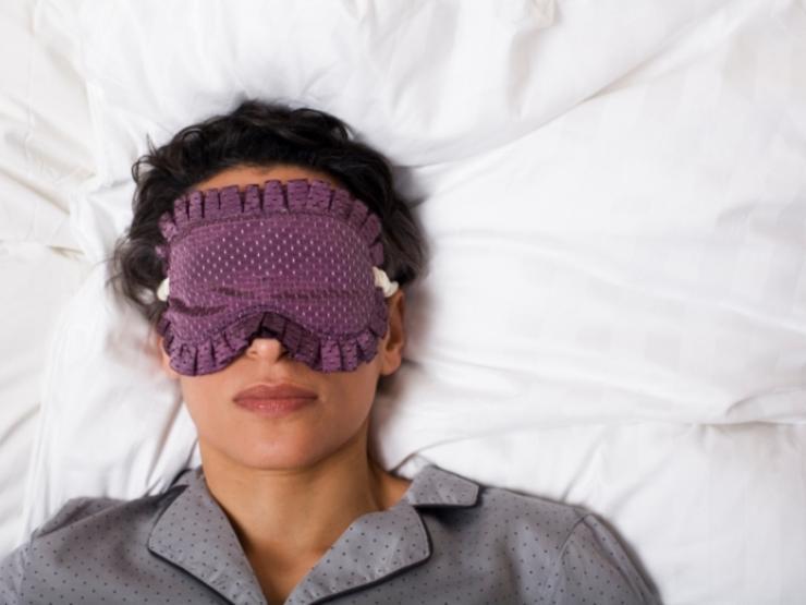 تغییر سبک زندگی برای لاغری,sleep-mask600x450
