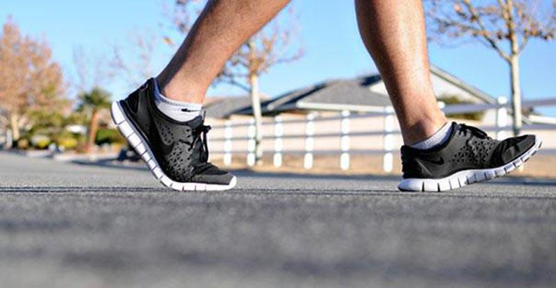 تغییر سبک زندگی برای لاغری,Walking_JR_604