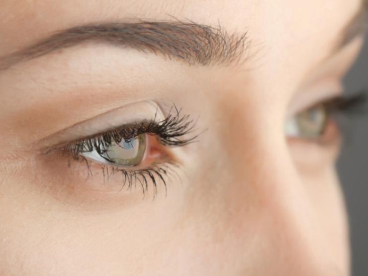 آلوورا به عنوان پاک کننده آرایش