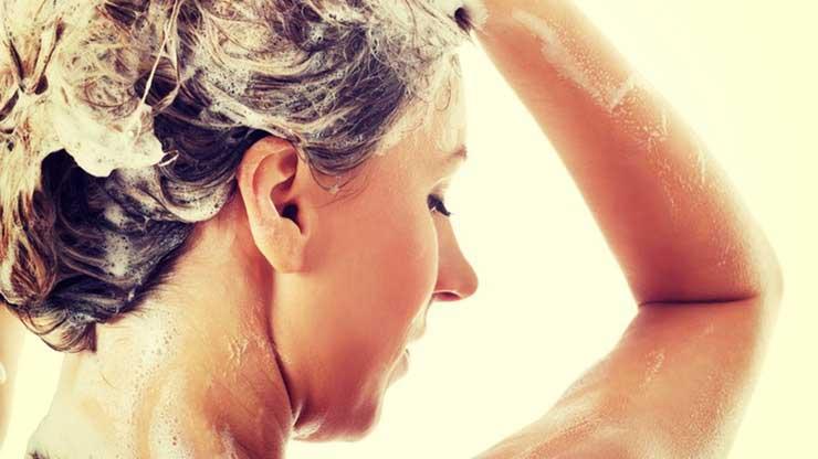 چگونه موهایمان را هایلایت کنیم,بهترین شامپو برای شستن موها