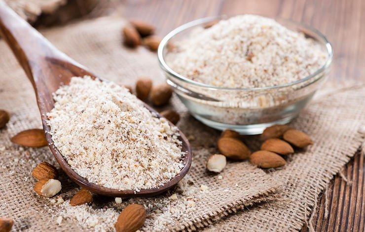 almondpowder-برای پوست های حساس و خشک
