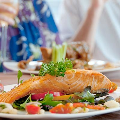 برای جوان شدن چه باید کرد,eat-high-protein-foods-خوردن غذاهای با پروتئین بالا