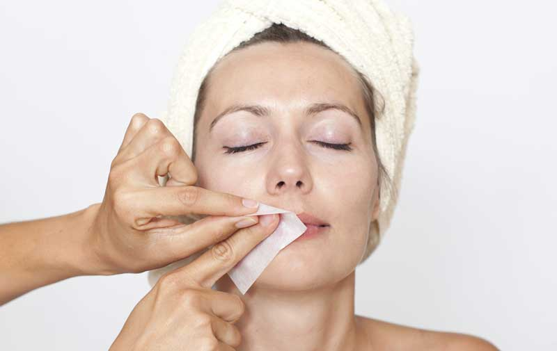 Facial-Hair-Removal موم برای حذف موهای زائد زنان