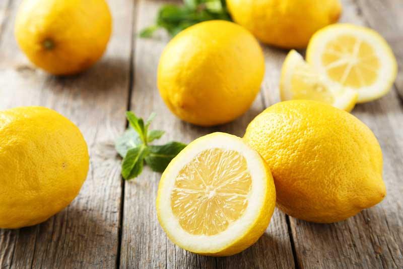 رفع شوره سر با لیمو