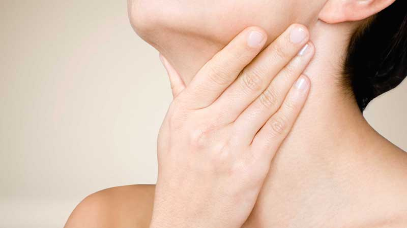 خاصیت های سرکه سیب,درمان گلودرد با سرکه سیب-apple-cider-vinegar-sore-throat1