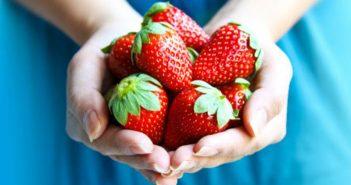 خواص توت فرنگی,10 خاصیت میوه توت فرنگی