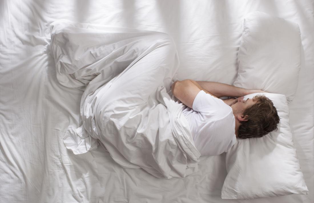 کسانی که دیسک کمر دارند چگونه بخوابند