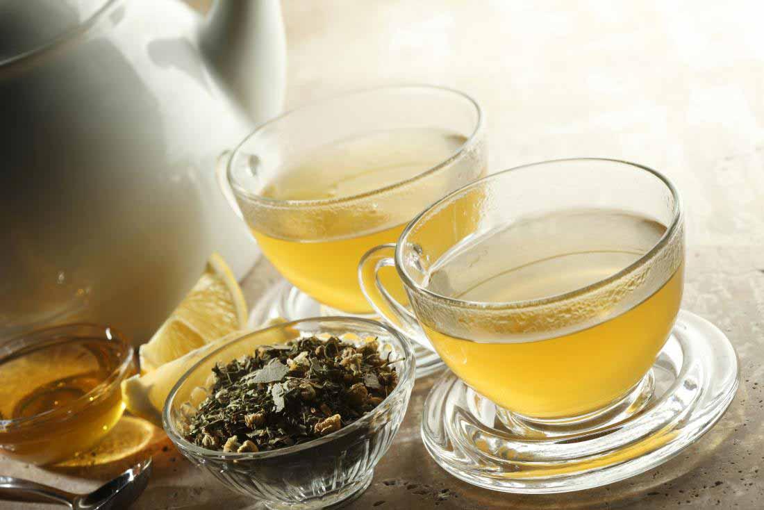 چای سبز و عسل برای درمان گاستریت