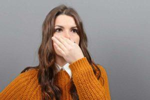 دلیل و درمان باد شکم بدبو