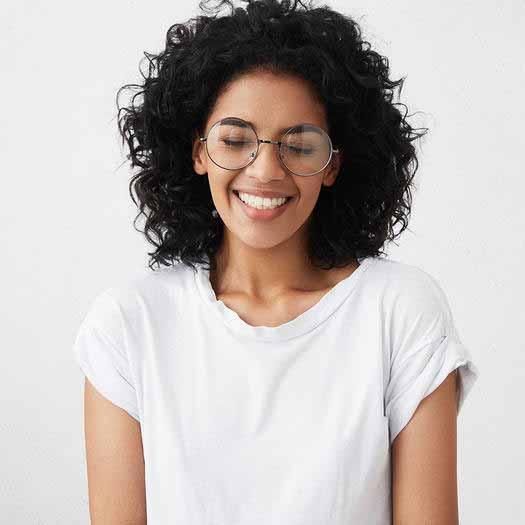 علت اصلی خشکی و سوزش چشم ها,پلک زدن برای رفع خشکی چشم
