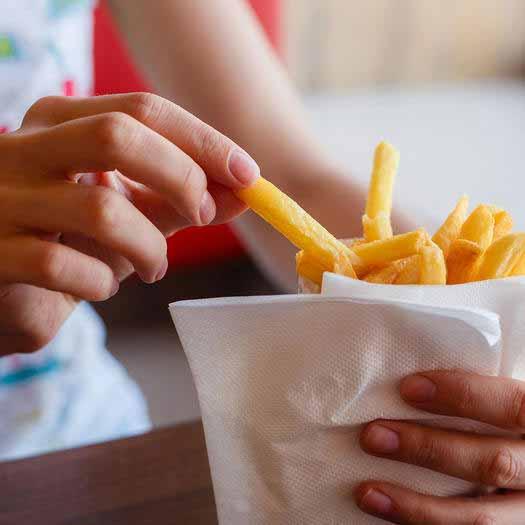 غذاهای مضر برای خشکی چشم
