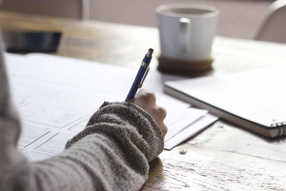 استفاده از نوشتن برای بهبود خلق و خو