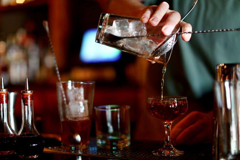 علت بی حسی دست ها چیست,اختلالات ناشی از الکل