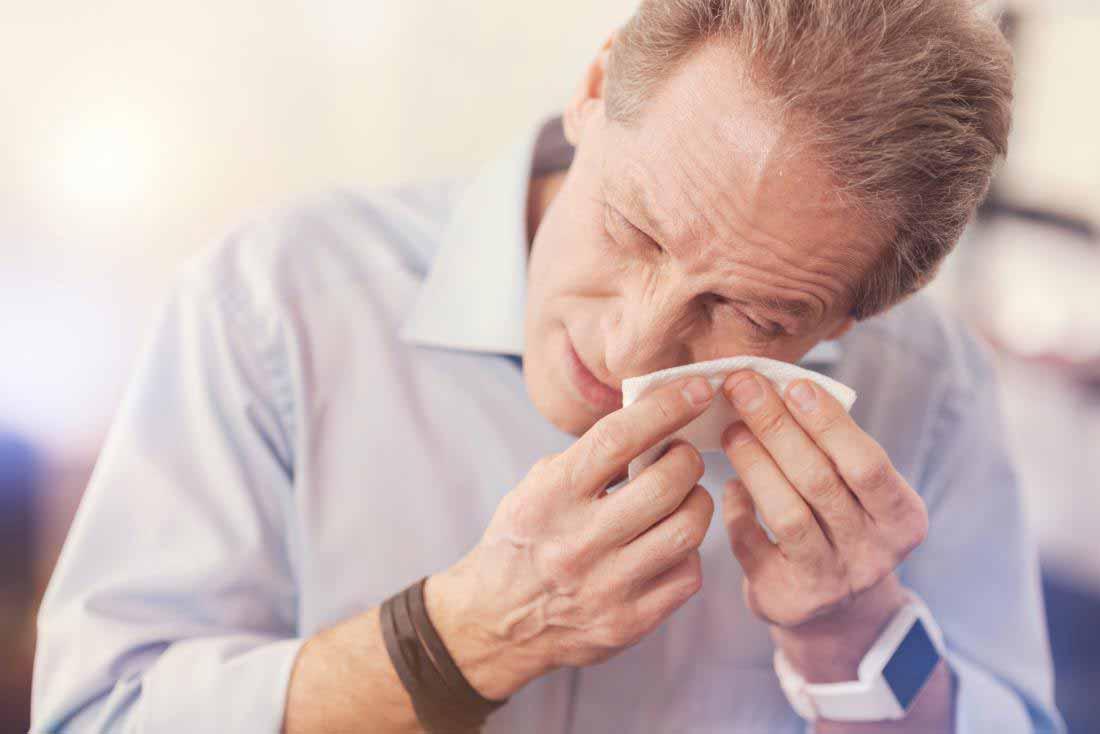جسم خارجی در چشم و راههای درمان آن