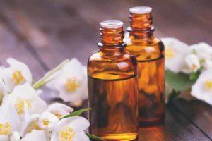خواص شگفت انگیز روغن یاسمن (Jasmine Oil)