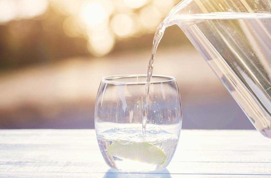 مزایای نوشیدن آب برای کاهش وزن
