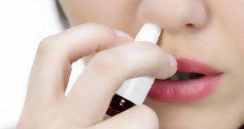 درمان خشکی بینی با اسپری سالین