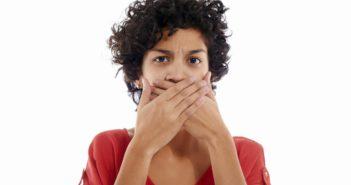 علت تورم سقف دهان چیست؟