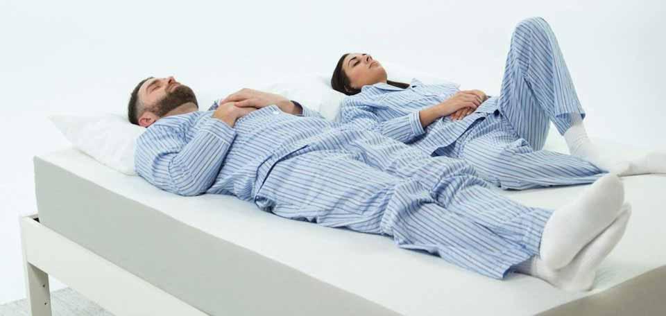 تاثیر تشک تخت بر کمردرد