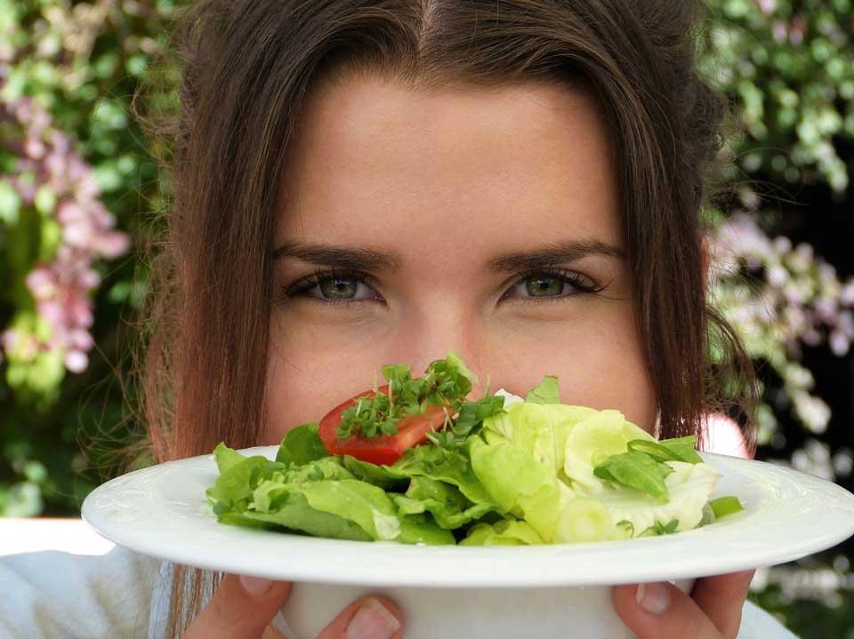 تغذیه سالم برای سم زدایی بدن