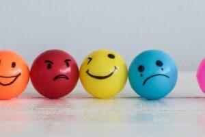 احساسات چه هستند