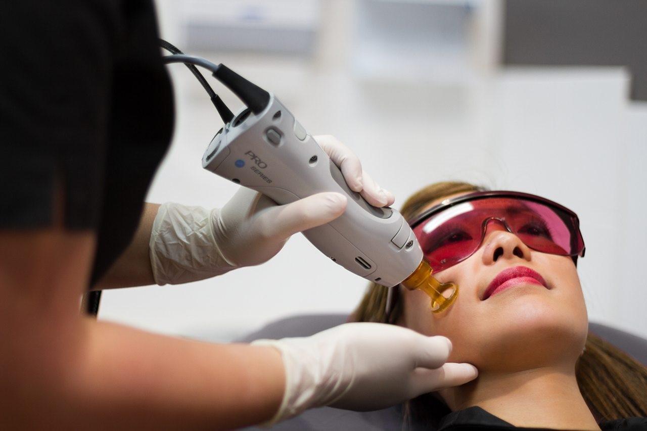 راهنمای انتخاب بهترین دستگاه لیزر موهای زائد