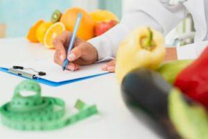 خصوصیات یک رژیم غذایی مناسب